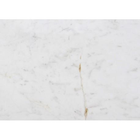 Parapet z białego marmuru grubość  3cm